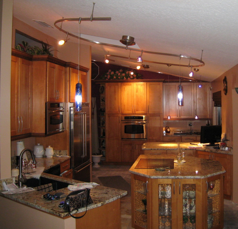 Kitchen island bar lighting on deluxe for Kitchen lighting design