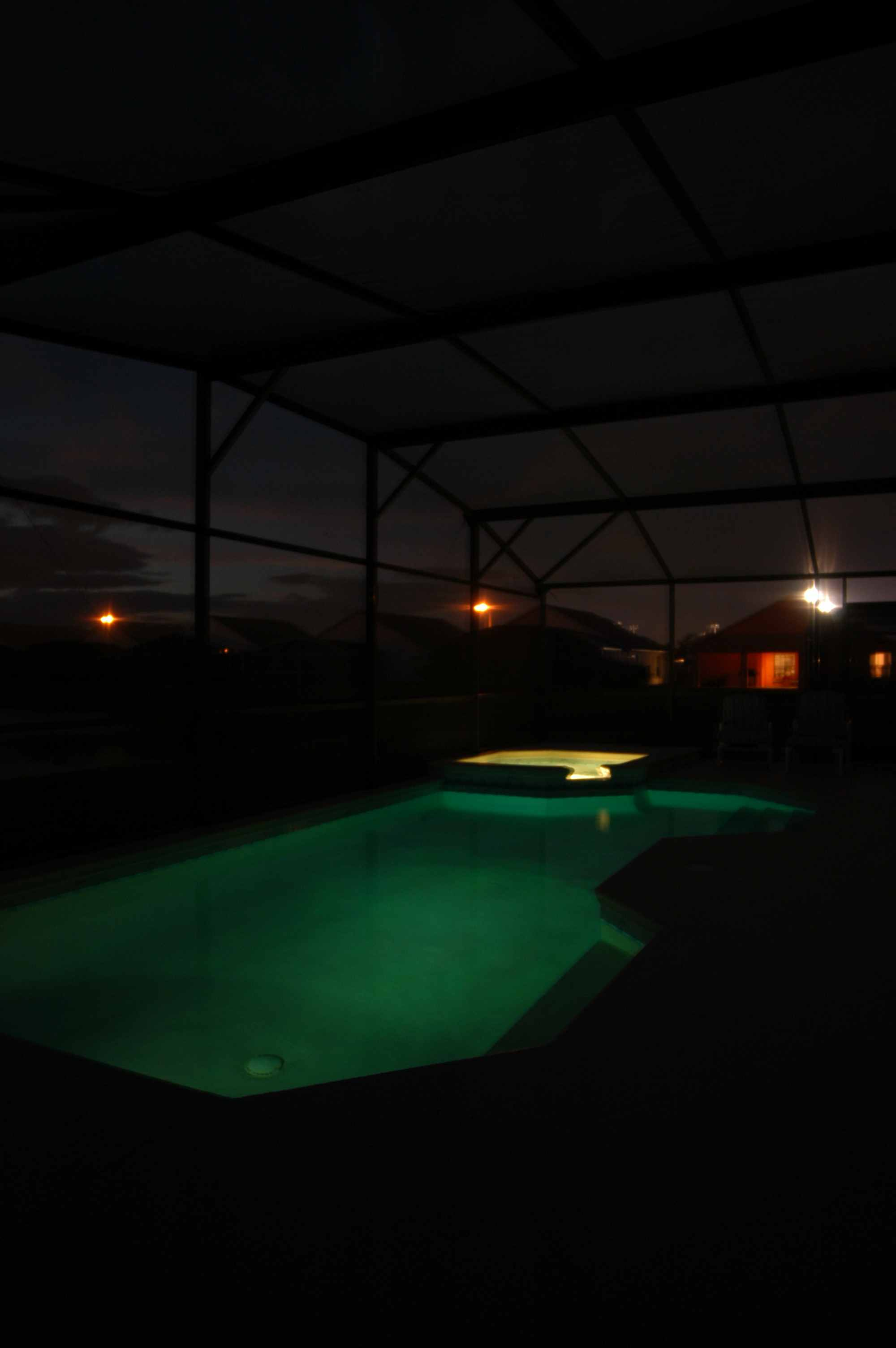 Swimming pool underwater lights on deluxe interior lighting design - Swimming pool lighting design ...