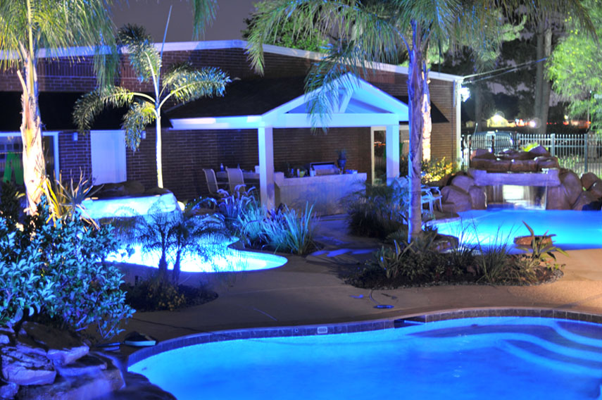 underwater swimming pool lights on deluxe. Black Bedroom Furniture Sets. Home Design Ideas