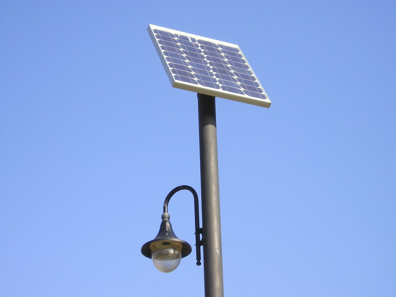 Solar post lighting on winlights deluxe interior lighting design solar post lighting solar power lights solar flood lights aloadofball Image collections