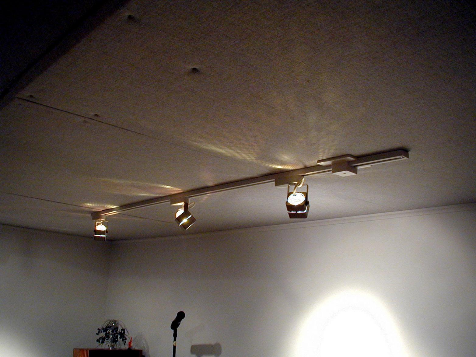 Low Voltage Track Lighting On Winlights Deluxe